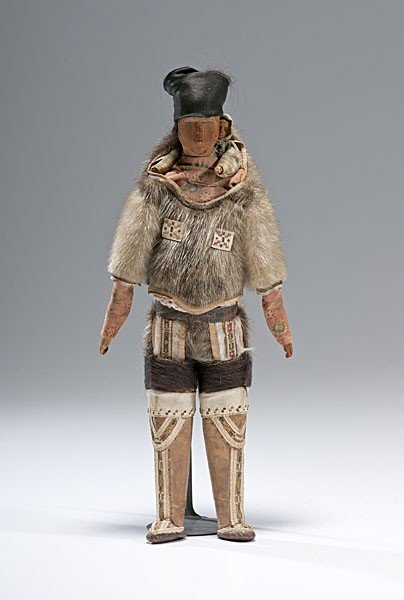9: Greenland Mother and Child Doll