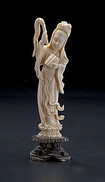 1004: Carved Ivory Figure