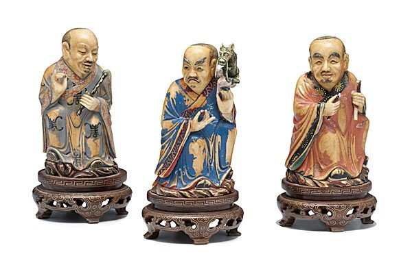 1422: Polychrome Ivory Chinese Figures