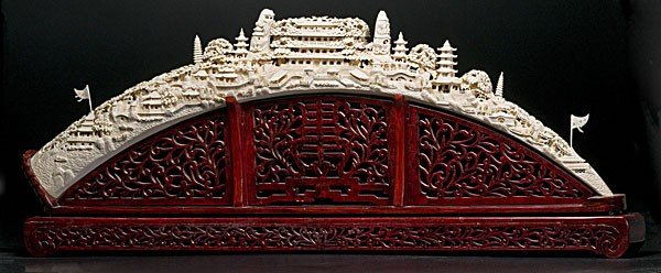1423: Chinese Immense Carved Ivory Tusk
