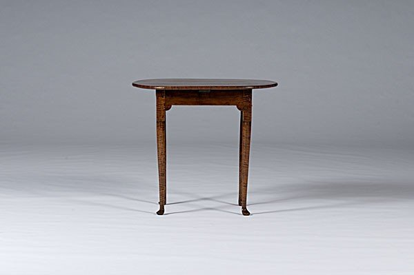 25: New England Queen Anne Tea Table