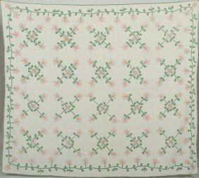 521: Floral Appliqued Quilt