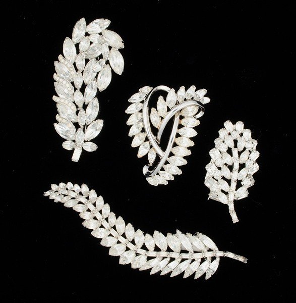 9: Weiss & Trifari Costume Jewelry Brooch Collection