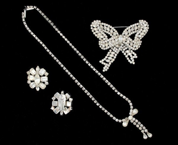 15: Weiss & Karu Costume Jewelry Collection
