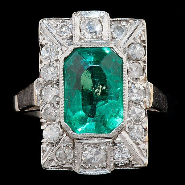 79: Art Deco Emerald & Diamond Ring