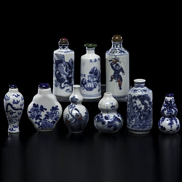 1001: Chinese Blue and White Snuff Bottles