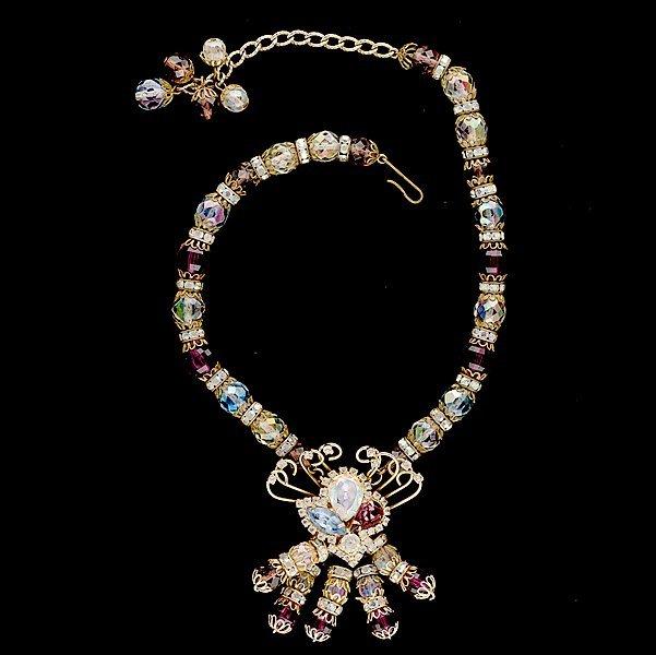 3: Hobe Necklace