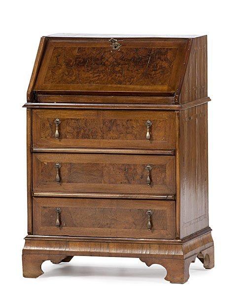 21: Georgian-style Slant Front Desk