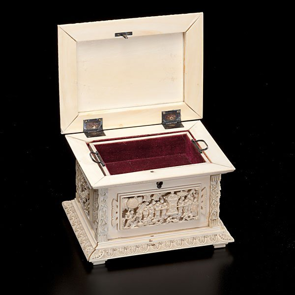 176: Fine Chinese Carved Ivory Jewelry Box - 2