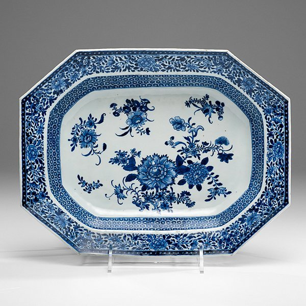 Chinese Export Blue and White Dish