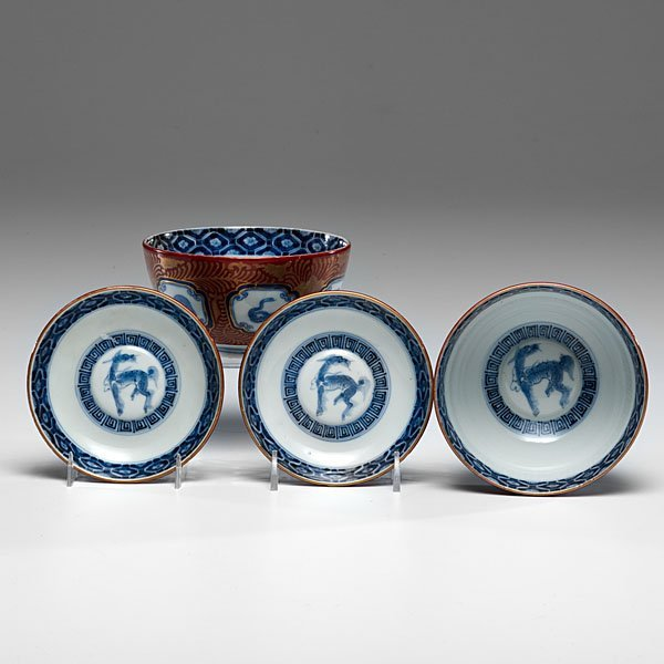 Chinese Export Bowls and Saucers