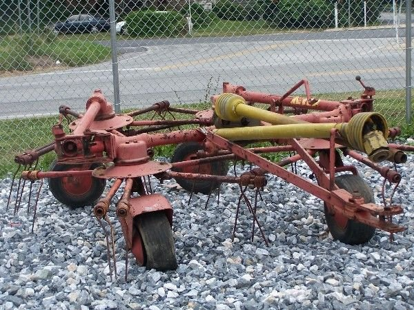 41: Meyer 4 Star Hay Tedder for Tractors!!!!!!!!!