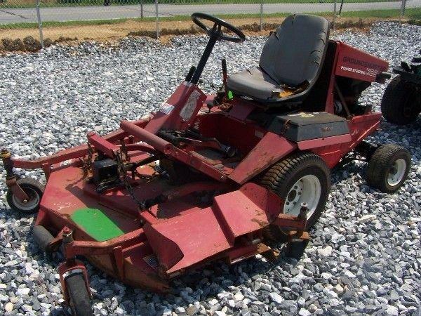 44: Toro 325 D Front Cut Mower, Kubota Diesel engine