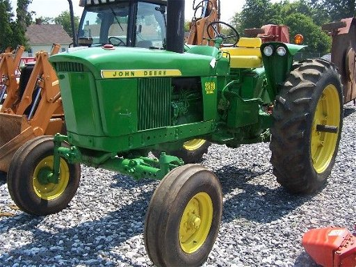 74: 1970 Model John Deere 2520 Diesel Tractor Hard to f