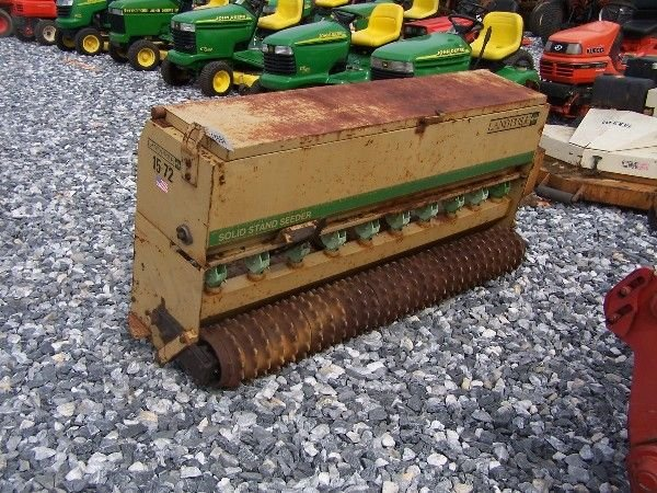 1070: NICE LANDPRIDE 15-72 3PT PACKER SEEDER FOR TRACTO