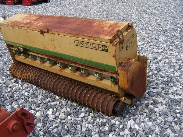 1070: NICE LANDPRIDE 15-72 3PT PACKER SEEDER FOR TRACTO - 3