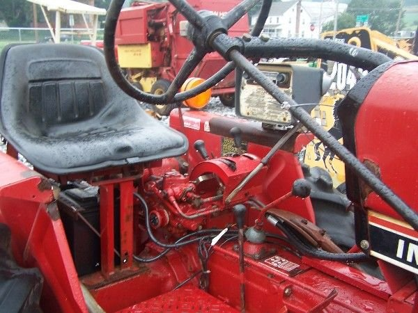 1162: NICE INTERNATIONAL 274 OFFSET TRACTOR W/ CULTIVAT - 5