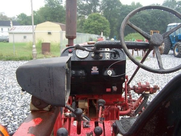 1162: NICE INTERNATIONAL 274 OFFSET TRACTOR W/ CULTIVAT - 6