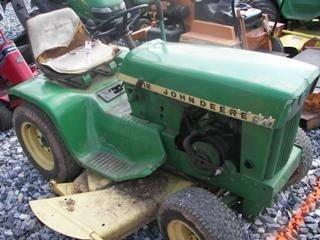 48: John Deere 112 L&G Tractor Antique