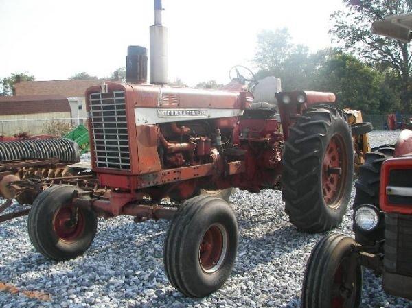 165: International 1026 Hydro Tractor