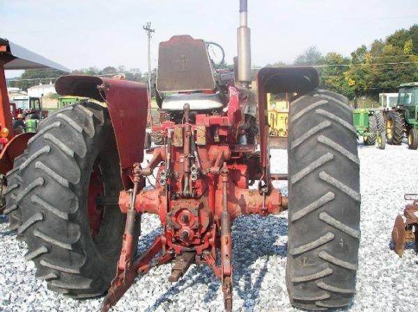 165: International 1026 Hydro Tractor  - 5