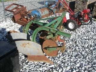 8: Original Case 2x plow for tractor Nice!!!