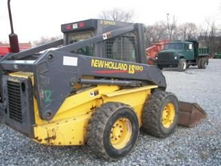 125: New Holland LS 180 Skid Steer Loader 2-Speed