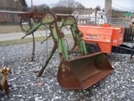 326: John Deere 175 Loader for tractor