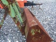 326: John Deere 175 Loader for tractor - 2