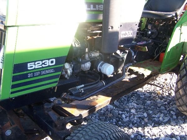 350: Nice Deutz Allis 5230 Compact Tractor w/ Front Bla - 3