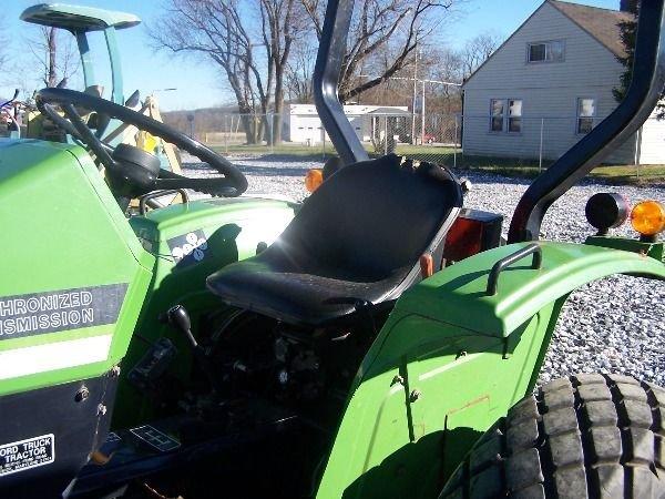 350: Nice Deutz Allis 5230 Compact Tractor w/ Front Bla - 4