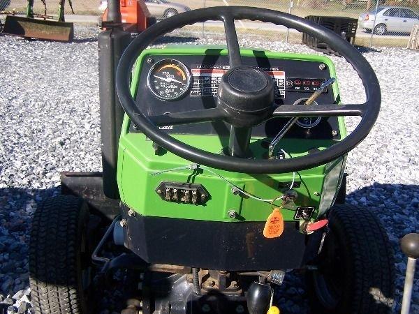350: Nice Deutz Allis 5230 Compact Tractor w/ Front Bla - 7