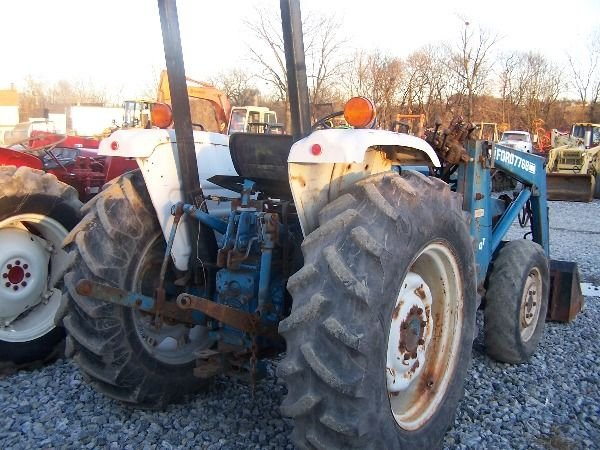 394: Ford 2110 4x4 Compact Tractor w/ Loader!! - 4