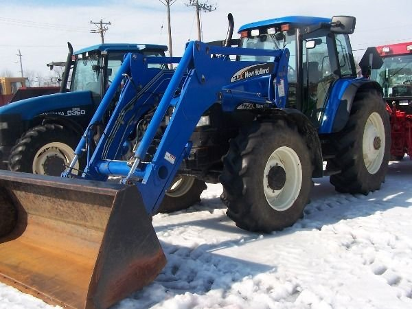 129: New Holland TM 140 Tractor w/ Loader Nice - 5