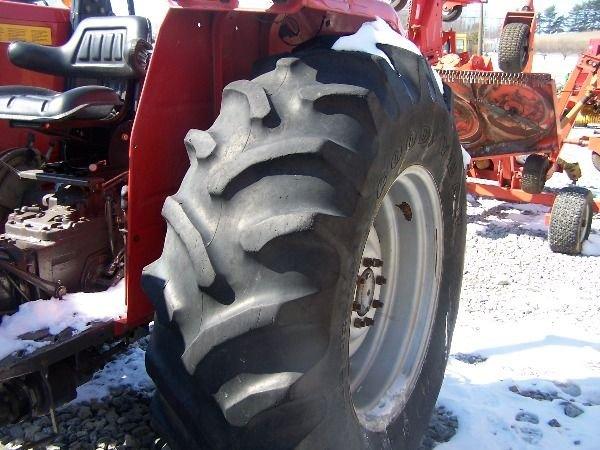 227: Nice Massey Ferguson 283 4x4 Farm Tractor w/ Loade - 10