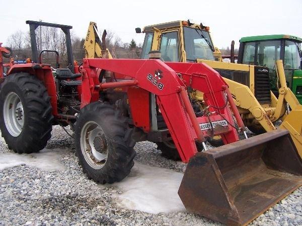 227: Nice Massey Ferguson 283 4x4 Farm Tractor w/ Loade