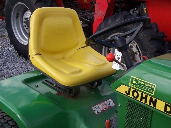 225A: Nice John Deere 420 Lawn and Garden Tractor!! - 6