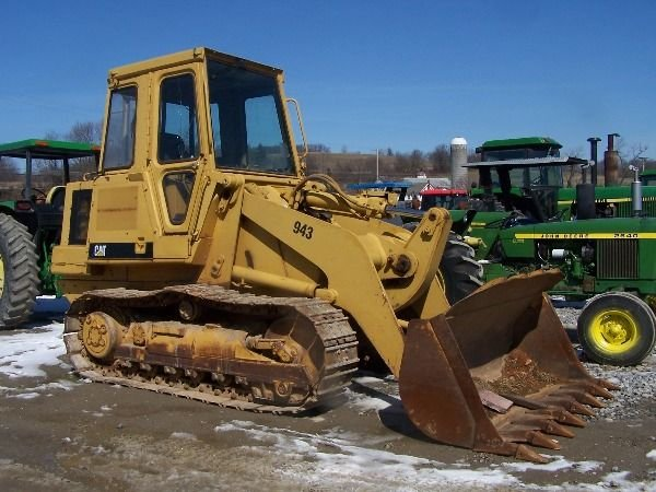 214: Cat Caterpillar 943 Crawler loader tractor