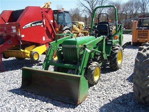 597: John Deere 855 Tractor Loader Backhoe w/ 225 hrs