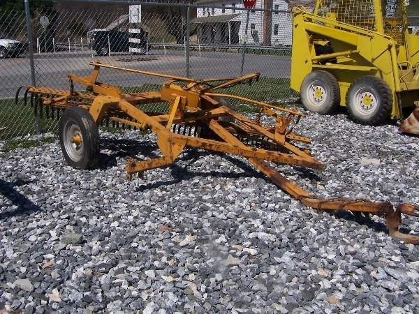 538: Pull Type 8ft Rock Rake for tractor