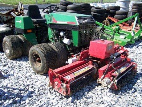 6: Ransome Turf Trak 4x4 Tractor w/ Steiner Reels Mower