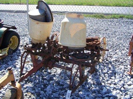 10: International Farmall 1pt 2 Row Planter for Tractor
