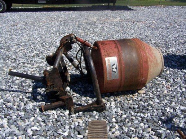 70: Wikomi 3pt Concrete Mixer for Tractor - 3