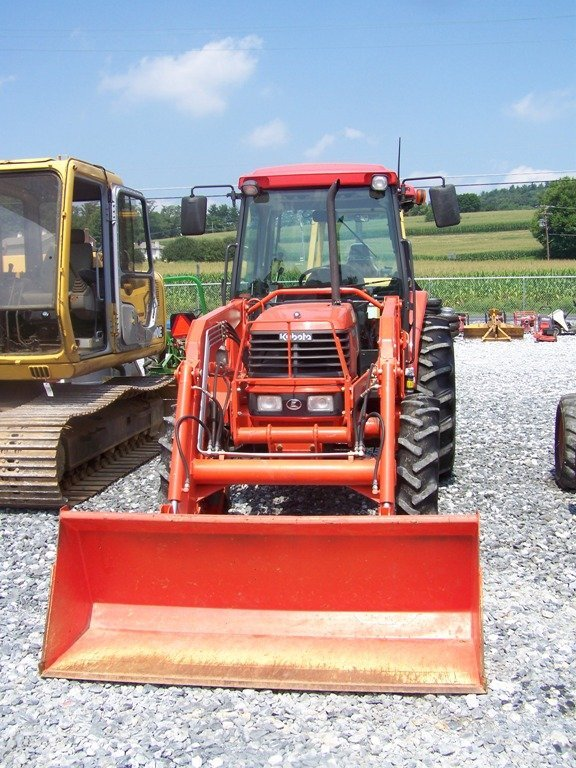 148: Kubota M5700 4x4 Tractor with Loader and Cab - 2