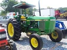 209: 1986 John Deere 2750 Tractor