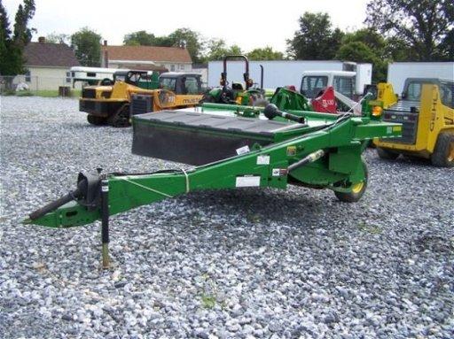 174: John Deere Pull Type 916 8' Discbine for Tractors