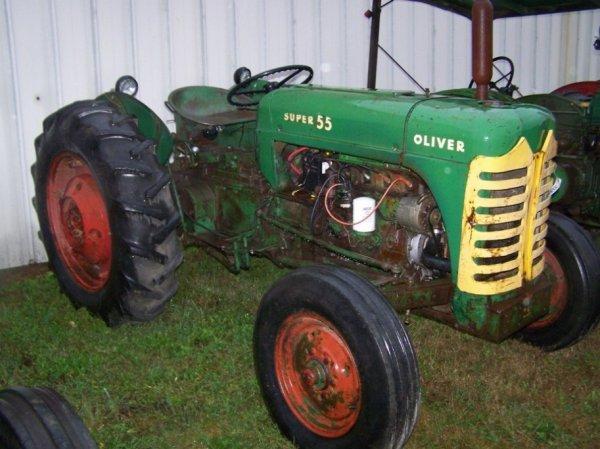 520: Oliver Super 55 Gas Tractor