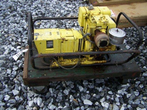 8: John Deere 500 10Hp Gas Generator