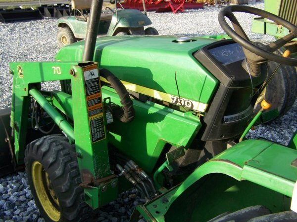 1125: John Deere 790 4x4 Compact Tractor with Loader - 8