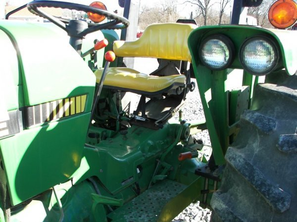 1143: John Deere 2355 Tractor with Loader, Canopy ROPS - 10